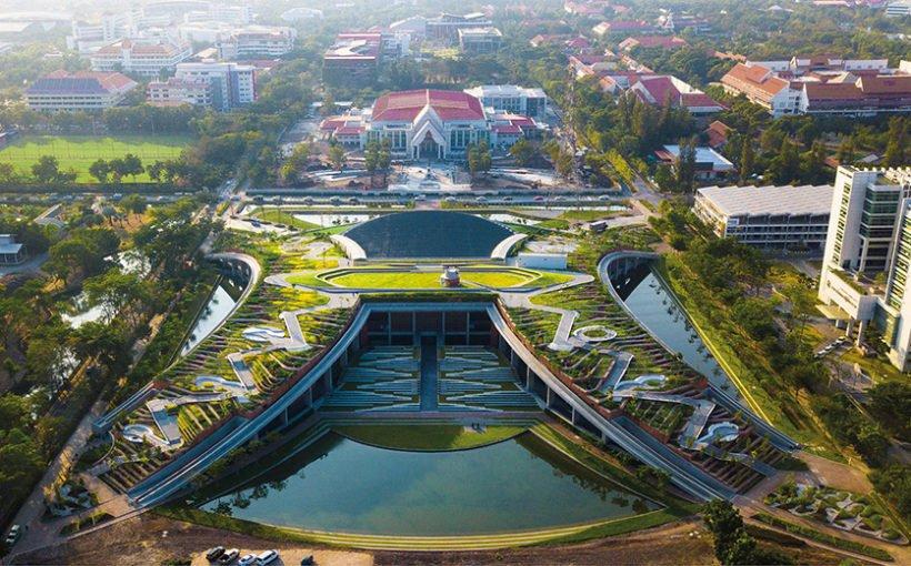 Urban rooftop farm Thammasat-university (Bangkok)